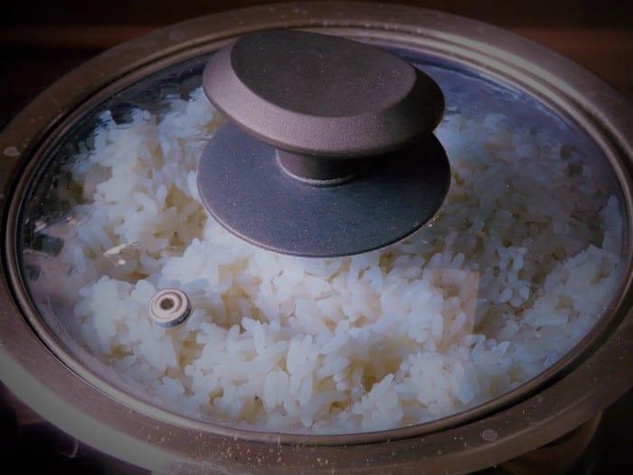 Cook a white grain