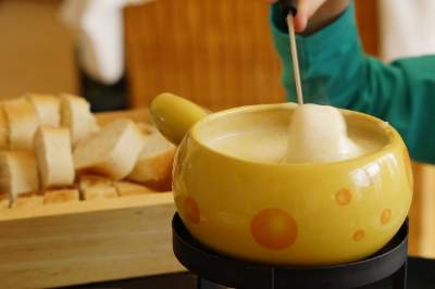 yellow pot and breads