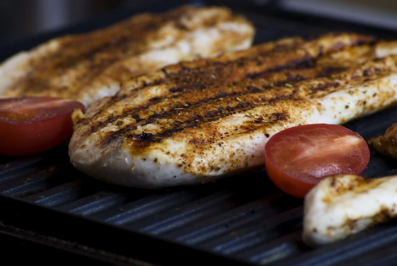 how long to grill chicken breast on gas grill