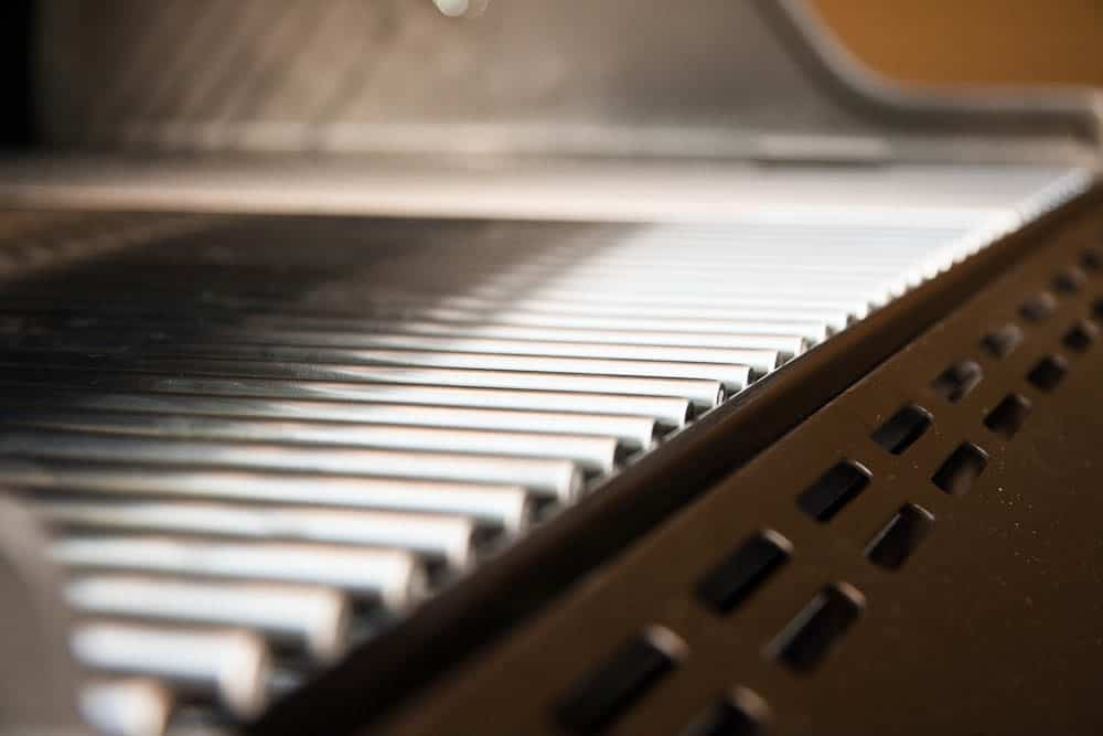 How to Clean Grill Grates Like an Expert