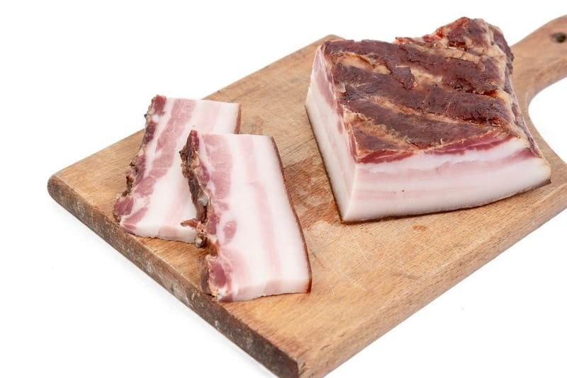 how to make bacon from pork belly